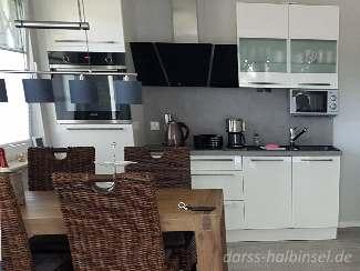 Küche einer Ferienunterkunft auf dem Darß