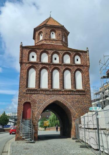 Das Rostocker Tor in Ribnitz